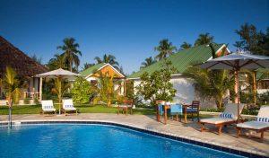 Zanzibar et Côtes Tanzaniennes 13 zanzibar kisiwa on beach0 1