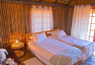 Intu Afrika Camelthorn Kalahari Lodge 4