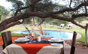 Intu Afrika Camelthorn Kalahari Lodge 6