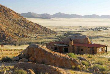 Klein Aus Vista Eagle's Nest 4 namibie klein aus vista eagles nest4