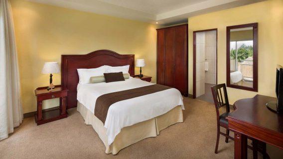 Hotel des Mille Collines 4 rwanda hotel des mille collines2