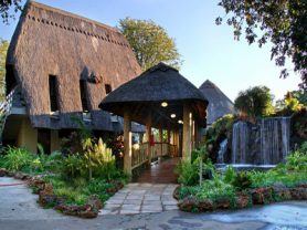 A'Zambezi River Lodge 2