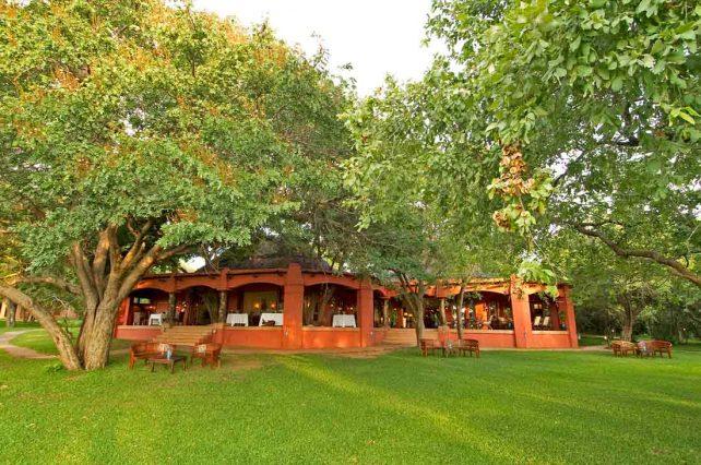 Chobe Chilwero Lodge 1 botswana chobe chilwero lodge8