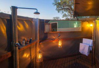 Pom Pom Camp 11 botswana pom pom camp12