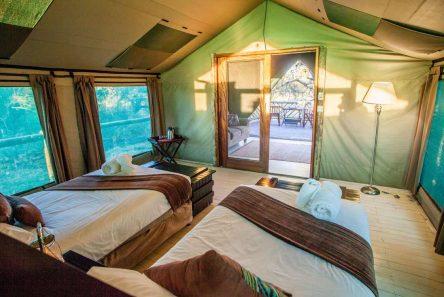 Pom Pom Camp 3 botswana pom pom camp2