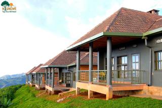 Lodges Kigali et Nyungwe 5 rwanda nyungwe top view hill hotel0
