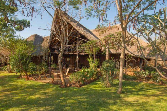 Stanley Safari Lodge 1 zambie stanley safari lodge5