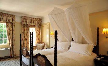 Victoria Falls Hotel 4
