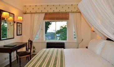 Victoria Falls Hotel 9