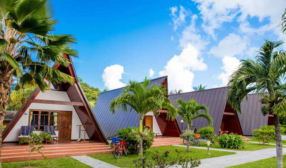 Lodges La Digue 1 seychelles la digue island lodge0