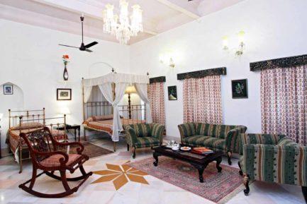 Laxmi Vilas Palace 5 inde laxmi vilas palace6