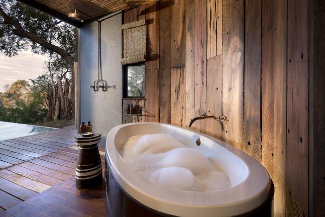Thorntree River Lodge 8 zimbabwe african bush camps thorntree river lodge8