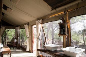 Changa Safari Camp 15 zimbabwe changa safari camp15