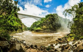 Avani Victoria Falls 5 zambie avani victoria falls resort3